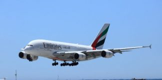 Emirates stalling on A380 order over superjumbo's future