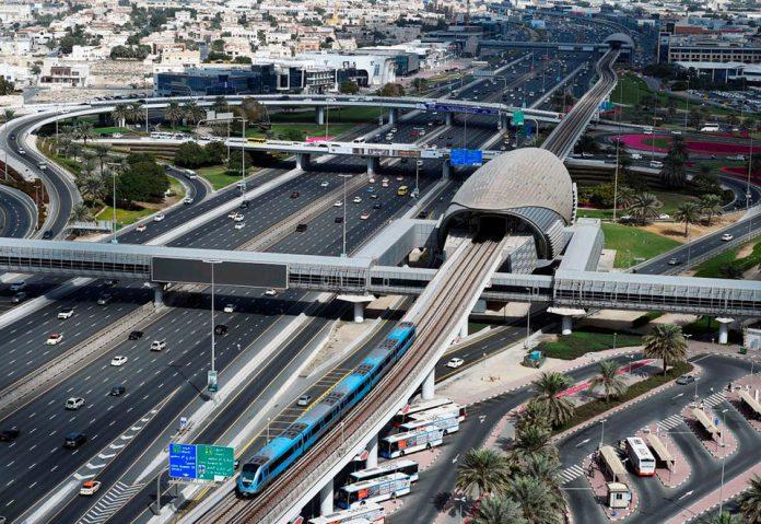 Dubai Metro operating hours extended to meet New Year demand